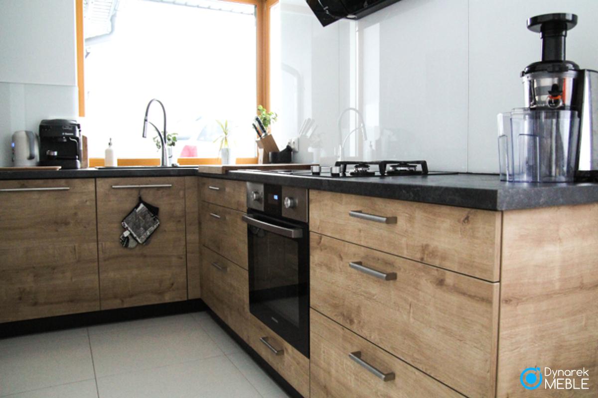 Meble Kuchenne Połączenie Koloru Naturalnego Drewna Z